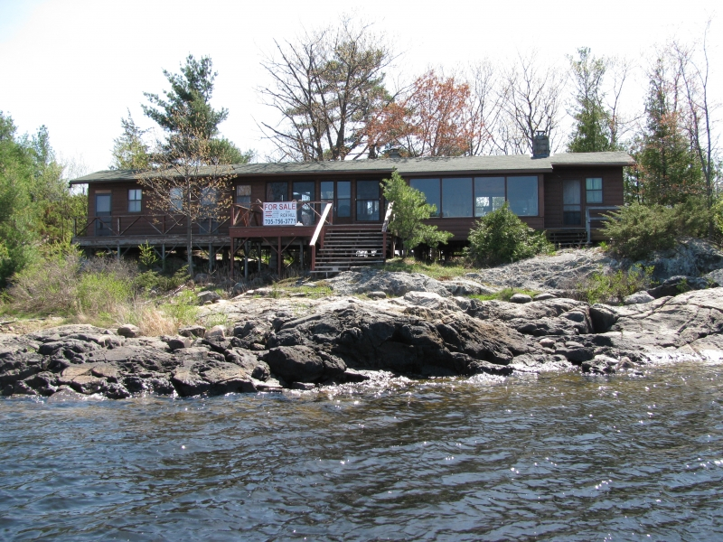 Miraculous Cognashene Cottage For Sold 2 355 Ft Waterfront 1 175 000 Home Interior And Landscaping Oversignezvosmurscom