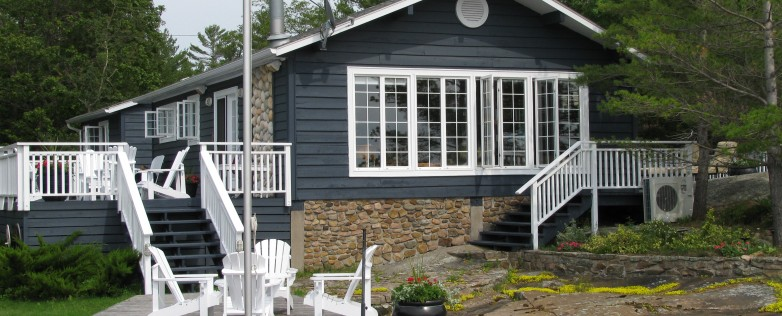 Mermaid Island in Honey Harbour, Ontario: Waterfront Cottage For Sale.